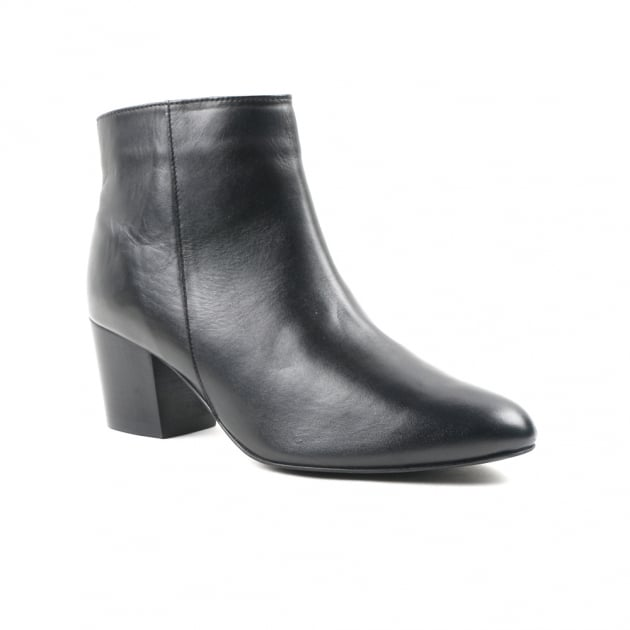 Carlton London Coden Black Chelsea Boots