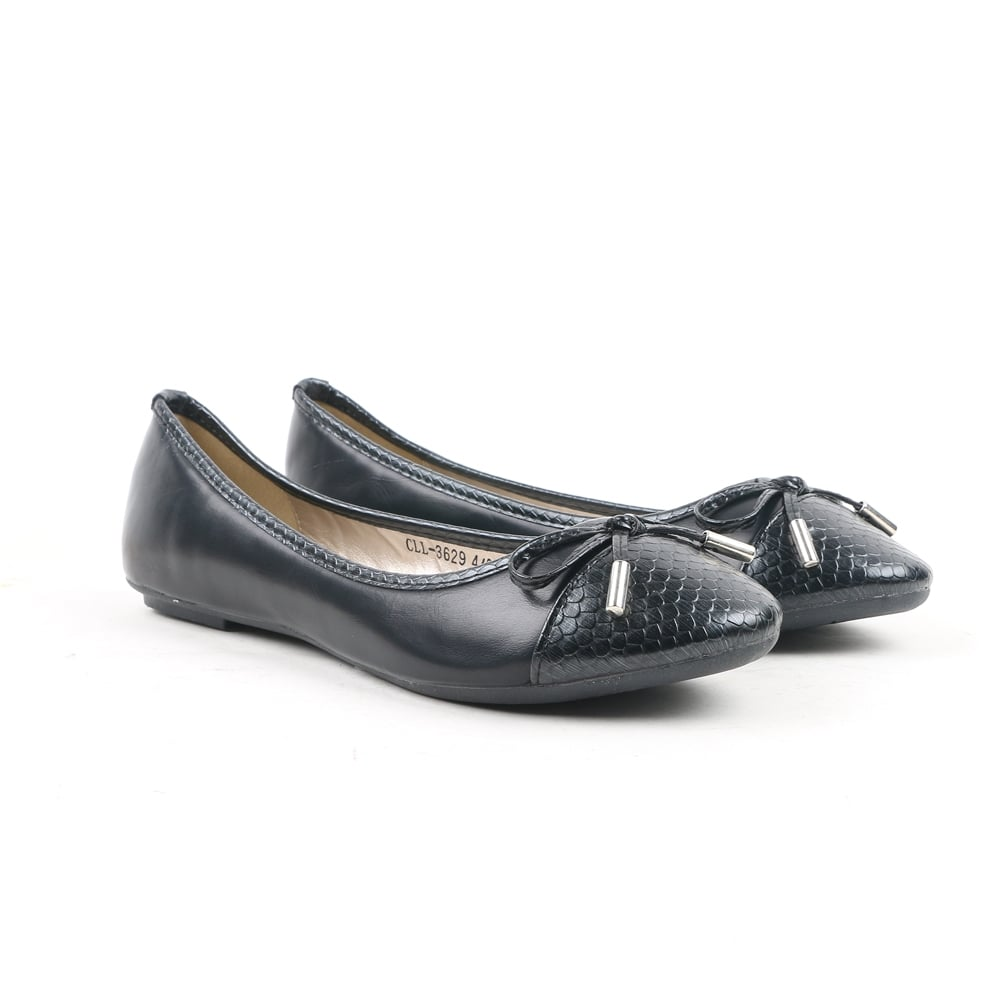 Shop for black ballet shoes online at Target. Free shipping on purchases over $35 5% Off W/ REDcard· Same Day Store Pick-Up· Free Shipping $35+· Everyday SavingsStyles: Boots, Sandals, Athletic Shoes, Dress Shoes, Heels, Slippers, Kids Shoes.
