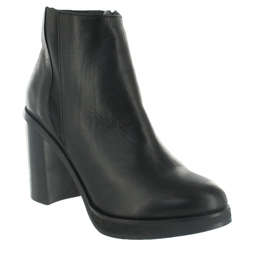... Marta Jonsson Ankle Boot With A Block Heel 3032L Black ...