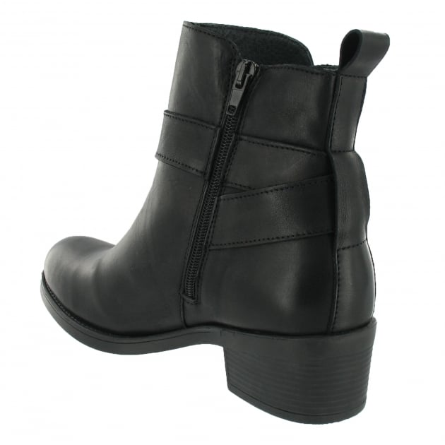 Marta Jonsson Ankle Boot With A Golden Buckle 3535L Black Boots