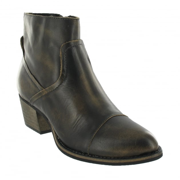Marta Jonsson Ankle Boot With A Zip 5054L Black Boots
