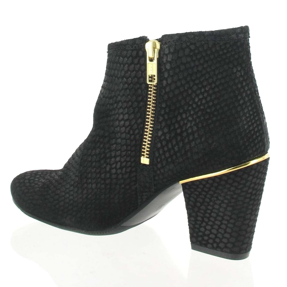 marta jonsson suede ankle boot 4025s s black boots