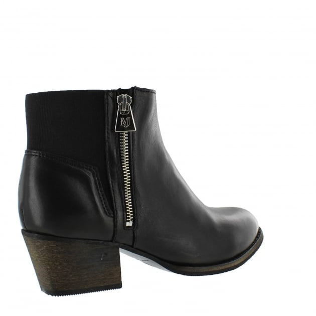 Marta Jonsson Womens Ankle Boot With Zip 4030L Black