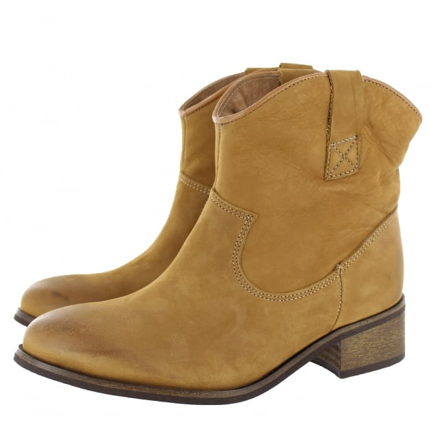 Marta Jonsson Womens Ankle Boots 00222N Tan Boots