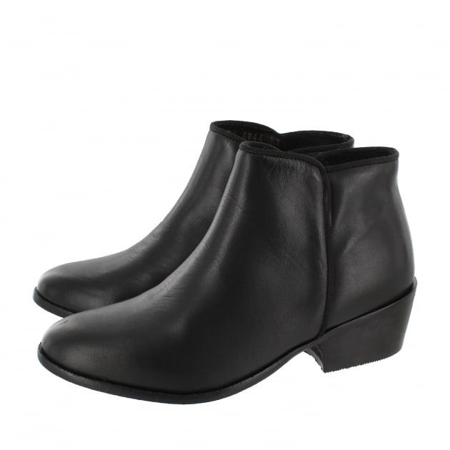 Marta Jonsson Womens Ankle Boots 4099L Black Boots