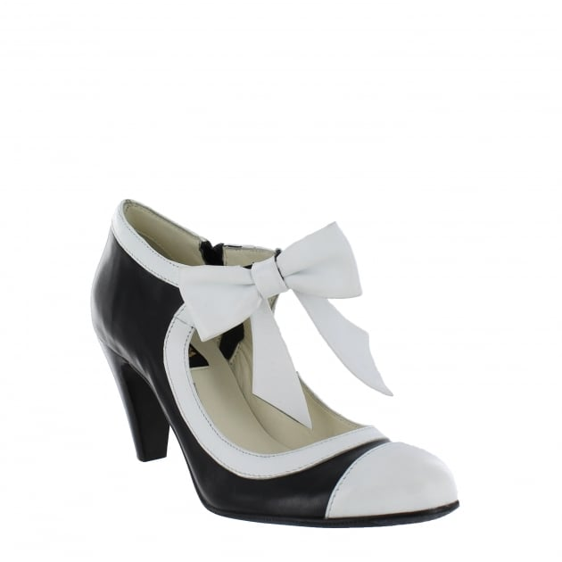 Marta Jonsson Womens Mary Jane Court Shoes 4977L Black/White