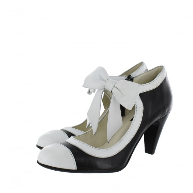 Marta Jonsson Womens Mary Jane Court Shoes 4977L Black/White Shoes