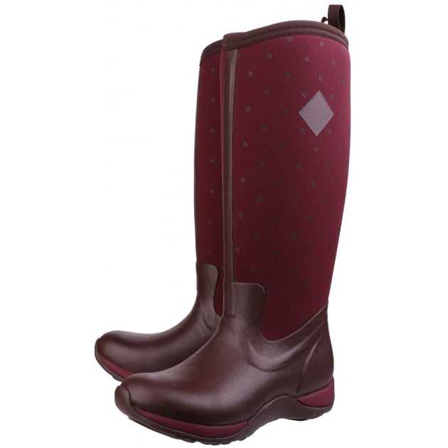 Muck Boots Arctic Adventure Pull On Wellington Boot - Cordovan Red Quilt