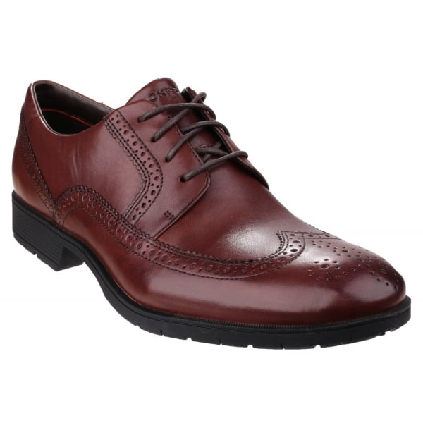 Total Motion Performance Stability Wingtip Chilli Shoes