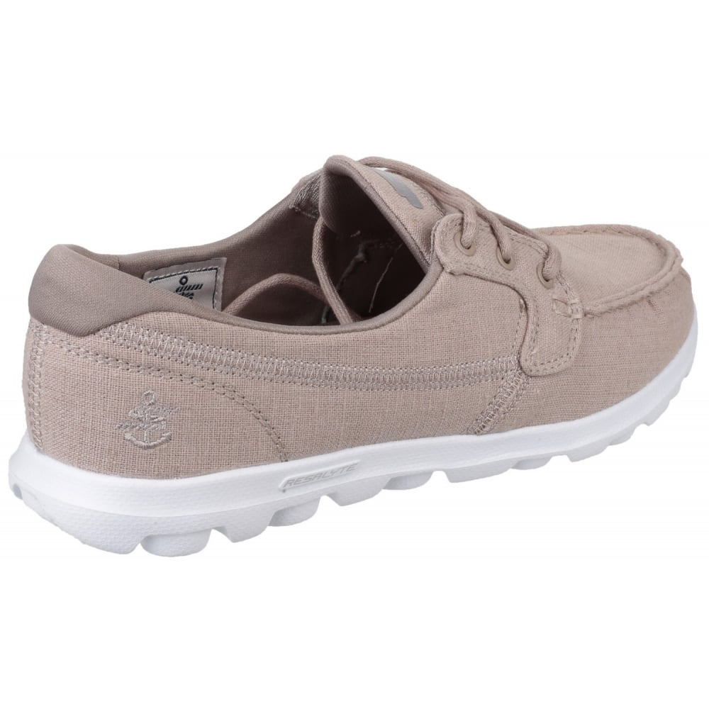 Go Mist Women's Taupe Shoes
