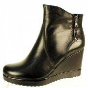 Tamaris 25034 Black Boots